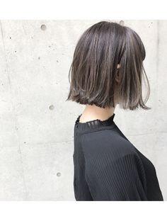 シマ キチジョウジ(SHIMA KICHIJOJI) 《SHIMA×望月》切りっぱなしボブ×外国人風ハイライト Curled Hairstyles, Hairstyles Haircuts, Trendy Hairstyles, Dye My Hair, New Hair, Hair Inspiration, Hair Inspo, Medium Hair Styles, Short Hair Styles