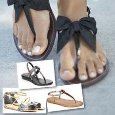 Ecco qualche idea dalle star su come abbinare al look i sandali bassi