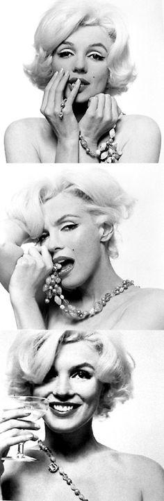 Marilyn Monroe - @classiquecom  http://classiquecom.canalblog.com/    http://twitter.com/#!/classiquecom