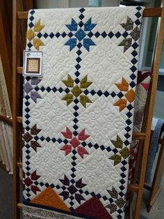 Love the pattern. And the bonus you only piece half the blocks. Love the pattern. And the bonus you only piece half the blocks. Longarm Quilting, Machine Quilting, Quilting Projects, Quilting Designs, Star Quilts, Scrappy Quilts, Baby Quilts, Quilt Block Patterns, Quilt Blocks