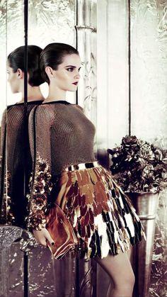 "Emma Watson ☆ was born April 15, 1990 in Paris, France and is a 5' 5"" British Actress. Sun: 25°25' Aries AS: 27°00' Virgo Moon: 25°53' Sagittarius MC: 26°13' Gemini Dominants: Sagittarius, Capricorn, Virgo Mercury, Moon, Jupiter Houses 4, 8, 10 / Earth, Fire / Mutable Chinese Astrology: Metal Horse Numerology: Birthpath 11 Emma Watson Pics, Emma Watson Body, Emma Watson Style, Emma Watson Beautiful, Emma Watson Sexiest, Beautiful Celebrities, Most Beautiful Women, Emma Stone Body, Emma Beauty"