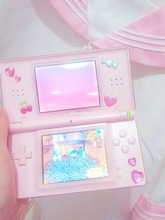 (4) 'animal crossing every day' just because i love this picture xD and the embellishments on the ds | :-: KAWAII :-: | Pinterest