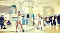 Danseuses au salon Top Marques à Monaco | Evénementiel | Agence artistique | Agence de spectacle