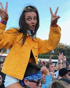 Cute Dresses For After Prom Emma Style, Emma Chamberlain, Poses, Celebs, Celebrities, Mellow Yellow, Coachella, Role Models, Cute Outfits