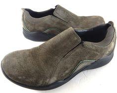 Clarks Wave Womens Run Olive Nubuck Leather Walking Shoes size 8 M #ClarksWave #CasualComfortWalking