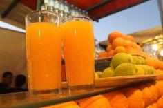 Zumo de naranja en la Plaza Jermaa el Fna (Marrakech)