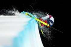 Annalisa Drew of the United States crashes in the Freestyle Skiing Ladies' Ski Halfpipe Finals on day thirteen of the 2014 Winter Olympics at Rosa Khutor Extreme Park on February 2014 in Sochi,. Get premium, high resolution news photos at Getty Images Freestyle Skiing, Olympic Sports, World Of Sports, Winter Olympics, Finals, Cool Photos, How To Memorize Things, United States, Freeze