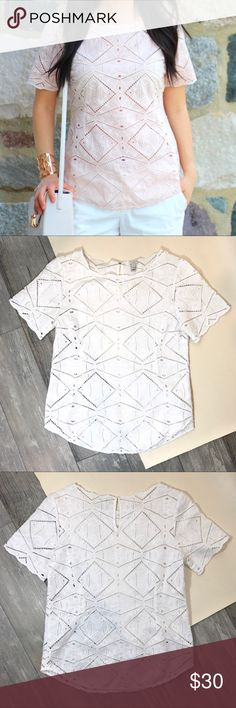 🌷WHITE J.CREW GEOMETRIC EYELIT TOP🌷 SUPER sweet feminine vibe, this short sleeve white top is perfect for Spring! EUC APPROX 24in (shoulder/neck seam to hem) & Chest 17.5in. The first pic is identical except in pink.   SELLERS NOTE: •All items are inspected and described honestly as possible.  •Items are sold as is (as described)  •Each order is packaged with CARE & SHIPPED SAME/NEXT BUSINESS DAY, unless seller communicates otherwise.  •Buy with comfort from a top seller, fast shipper…