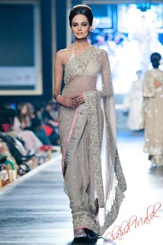 love this nude coloured saree
