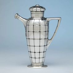 Gorham Art Deco Sterling Silver Cocktail Shaker, Providence, RI, 1928 - Spencer Marks Ltd Gorham Sterling, Sterling Silver, Silver Centerpiece, Silver Napkin Rings, Coffee Crafts, Snowflake Designs, Raised Panel, Tiffany And Co, Coffee Set