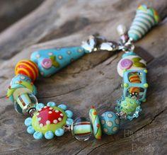 Loosie Goosie Lampwork Bracelet by hippkittybeads on Etsy