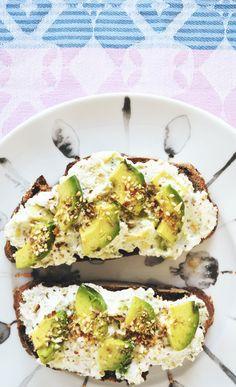 Delicious Ricotta & Avocado Spread