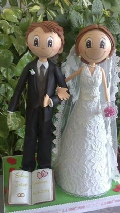 Novios Fondant Figures Tutorial, Cake Templates, Diy Crafts For Gifts, Clay Dolls, Wedding Crafts, Diy Doll, Wedding Cake Toppers, Holidays And Events, Communion
