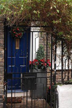 Christmas Door in the City by atbattson, via Flickr