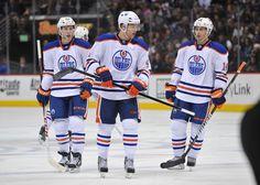 The 2015 Edmonton Oilers Team Awards - http://thehockeywriters.com/the-2015-edmonton-oilers-team-awards/