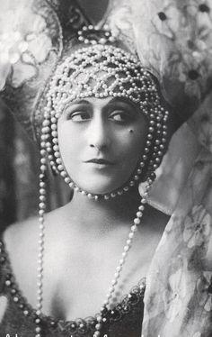 Italia Almirante Manzini (1890-1941) - Italian silent film diva