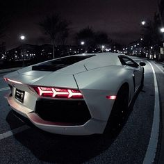 Close up Baby! Lamborghini Aventador LP-700