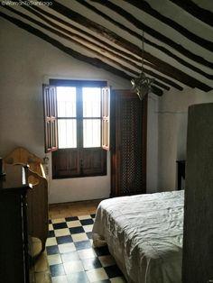 Detalle de uno de los dormitorios del cortijo Abril, #CaminodeSantiago Mozárabe de Santiago