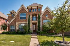 Frisco Homes for sale in Grayhawk at 2339 Kittyhawk Drive. Frisco Texas Real Estate Listings on the MLS