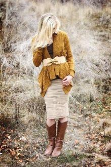 Super Stretchy Tan Skirt #bellaellaboutique