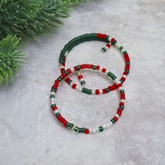 Items similar to Christmas Bracelet with Morse Code Message - Holiday Party Jewelry - Holly Jolly Christmas - Merry Christmas on Etsy Office Holiday Party, Holiday Parties, Mom Jewelry, Cute Jewelry, Secret Santa Gift Exchange, Holiday Messages, Christmas Gifts For Coworkers, Holiday Jewelry