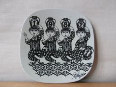 Wiinblad for Nymølle - 1982 - annual plate - wall plaque / wallhanging - black - mid century