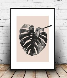 Monstera print, Pink and grey, watercolor print, scandinavian designm minimalist art, home decor, interior wall art, modern art, paintbrush Dimensions available: 5 x 7 8 x 10 11 x 14 A4 210 x 297 mm (8.3 x 11.7) A3 297 x 420 mm (11.7 x 16.5) - Please choose from drop down menu above! If you are interested into any size that is not available, please contact us. INFO: Prints are printed on 240gsm Archival Matt photo paper Shipped in a sturdy mailing tube with sealed caps Frame is not in...
