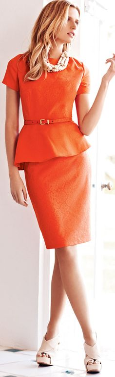Love the peplum waist on this two-piece short-sleeved orange suit dress by Albert Nipon. Workwear Fashion, Office Fashion, Work Fashion, Fashion Art, Trendy Suits, Work Looks, Work Wardrobe, Look Chic, Madame