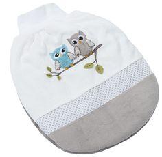 Tag und Nacht gut eingepackt. So macht strampeln Spaß.In den ersten Wochen und Monaten ist es besonders wichtig Eure kleinen Lieblinge in Ihrer Motorik zu fördern. Damit die Kleinen Lieblinge Bewegungsfreiheit haben sich rundum wohlfühlen und trotzdem schön warm eingepackt sind, empfiehlt die Handelsagentur Babyhaus Ditz bei der Babyerstausstattung einen Strampelsack von der Be Be's Collection auszuwählen. Die Strampelsäcke der Be Be's Collection sind eine tolle Alternative zu einem…