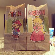A creative momma that only goes by her Internet moniker, ckilgore, creates awesome illustrated drawings on her two children's brown paper lunch bags that they take with them to school and share with her friends.