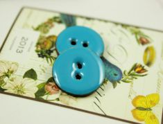 Blue Buttons - 10 Pieces Of Light Blue Enamel Buttons With Coconut Base. 0.67 inch on Etsy, $5.50