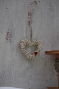 English Wool Decorative Heart   Wire core spun 'English Wool…   Flickr