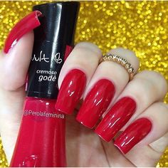 Esmalte Godê da @vult_cosmetica! ❤️ Para comprar acesse nosso site:  www.candyacessorios.com.br Foto: @perolafeminina  #novidade #lojacandyacessorios