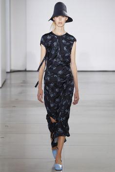 Jil Sander Spring 2016 Ready-to-Wear Collection Photos - Vogue hawanim