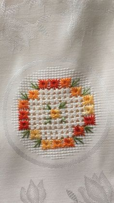 Hardanger Embroidery, Embroidery Stitches, Embroidery Patterns, Paper Embroidery, Doily Patterns, Dress Patterns, Hand Embroidery Videos, Hand Embroidery Flowers, Cross Stitch Borders