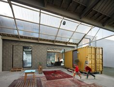 In Gent, a single family house is constructed within the walls of an old industrial building. by NU ARCHITECTUURATELIER photo: © Stijn Bollaert Converted Warehouse, Warehouse Home, Container Buildings, Container Architecture, Lofts, Contemporary Architecture, Architecture Design, Industrial Architecture, Home Shelter