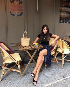 Parisian Style Fashion, Paris Fashion, Paris Chic, Paris Style, Fashion Mode, Daily Fashion, Parisian Summer, Nice Dresses, Dresses For Work