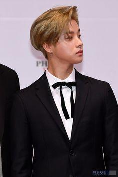 He deserve millions kiss 💋💋💋💋💋💋💋💋😘😘😘😘😜😘😘😘😘😘😘😘💋💋💋💋💋💋💋💋💋💋 Kim Jinhwan, Chanwoo Ikon, Ikon Member, Ikon Kpop, Hallyu Star, Yg Entertainment, Korean Beauty, Jinyoung, Pop Group