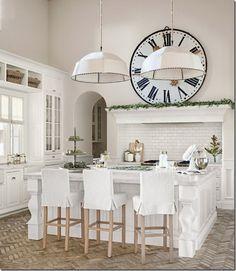 cucina bianca, shabby chic per creare tantissime ricette al farro