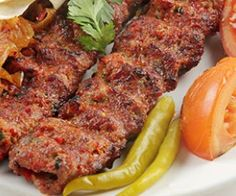 Sheek kebab is one of the legendary kebab recipes from India. To try this chicken kebab at home, you need just right instructions. To make sheek kebab. Turkish Kebab, Turkish Grill, Kebab Recipes, Lamb Recipes, Cooking Recipes, Turkish Recipes, Indian Food Recipes, Turkish Food Traditional, Gastronomia