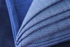MADALO - Luna Negro in herringbone twill - itsmadalo - handwoven wrap - baby wearing - babywearing - wrap - baby wrap