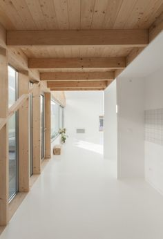 Image 7 of 20 from gallery of South / Gens association libérale d'architecture. Photograph by Ludmilla Cerveny Timber Architecture, Architecture Design, Interior Design Inspiration, Cheap Home Decor, Home Remodeling, Interior And Exterior, New Homes, Clean Wood