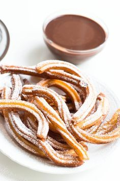 Churros mit Schokoladensauce