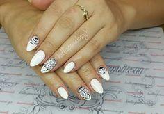 #nails #nailart #whitenails 💅 #handmadenailart #beautymakesyouhappy