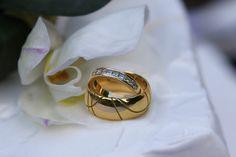 Rings on Wedding Cake