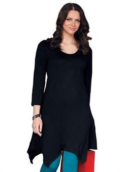 Plus Size Tunic length knit top with hanky hem. Pair it with a super cute pair of patterned leggings and belt it with a studded belt.