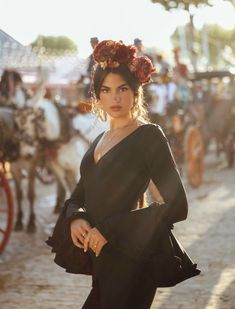 Marta Lozano con traje de flamenca de Sibilina en la Feria de Abril 2018. Foto: Jesús Isnard