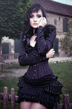 If I was a pop singer, steam punk would be my 24/7 style !!!