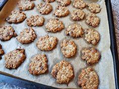 Jemne chrumkavé ovsené koláčiky (fotorecept) - obrázok 5 Muffin, Cookies, Breakfast, Desserts, Food, Crack Crackers, Morning Coffee, Tailgate Desserts, Deserts
