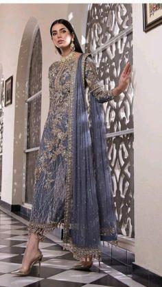 Pakistani Fashion Party Wear, Pakistani Wedding Outfits, Indian Bridal Fashion, Indian Fashion Dresses, Indian Designer Outfits, Modest Dresses Casual, Stylish Dresses For Girls, Fancy Dress Design, Stylish Dress Designs